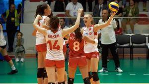 U19 Milliler Avrupa Şampiyonası'nda Yarı Finalde