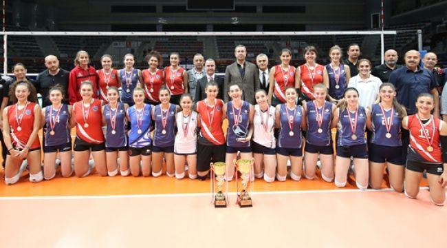 Ankara VHGD Voleybol Turnuvası Sona Erdi