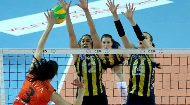 Eczacıbaşı VitrA, Fenerbahçe Opet'i konuk ediyor