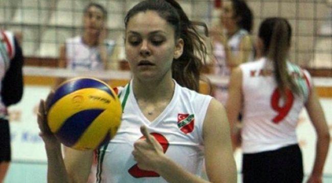 Karşıyaka Elif Öner'i Alaşehir'e kiraladı