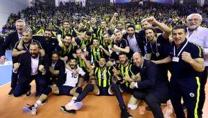 Erkekler Kupa Voley'de Şampiyon Fenerbahçe!