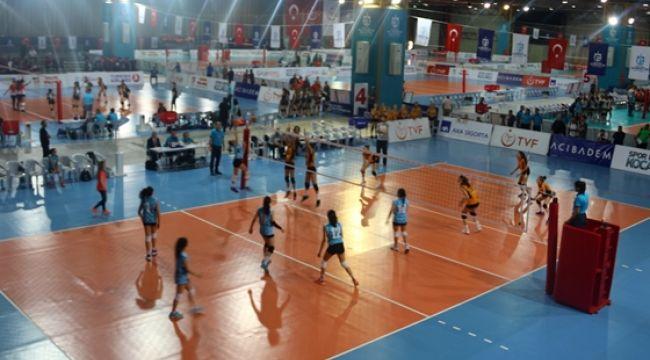 Küçükler Kategorisi Altyapı Türkiye Şampiyonası Başladı