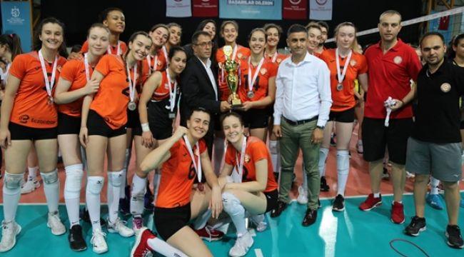 Eczacıbaşı Yıldız Takımı, Türkiye İkincisi Oldu