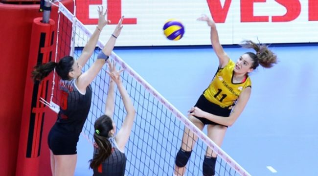 Genç Kızlar Altyapı Türkiye Şampiyonası'nda 2. Gün Bitti