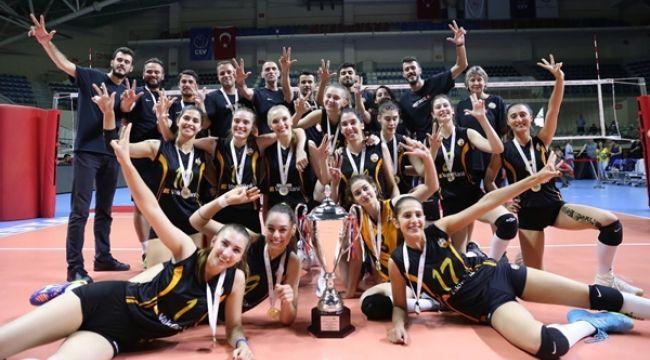 VakıfBank Genç Takımı, Türkiye Şampiyonu Oldu