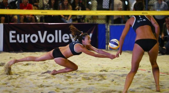 Balkan Plaj Voleybolu Şampiyonası'nda 2. Gün Sona Erdi