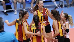 Voleybol Turnuvasının Birincisi Galatasaray!