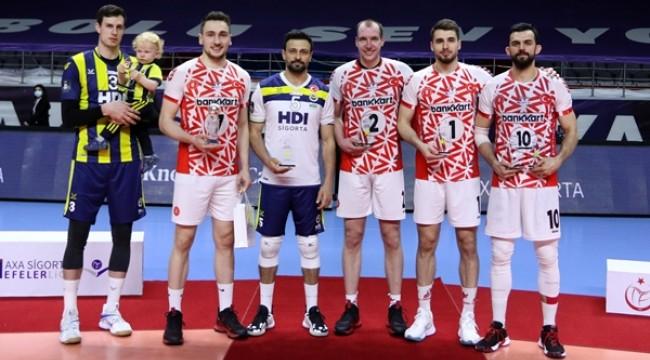 Efeler Ligi'nde Madalya, Kupa ve Ödüller Sahiplerini Buldu