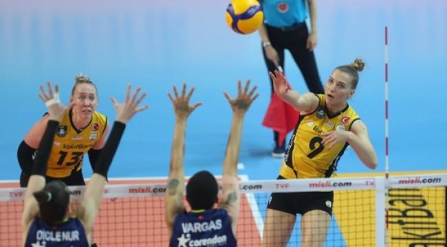 VakıfBank final serisinde durumu 2-0'a getirdi