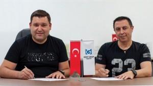 Mert Grup Sigorta, Nahit Cantürk'e emanet